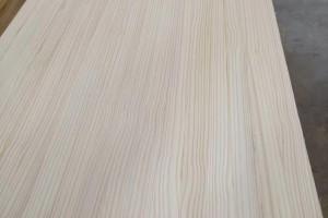 宜饰木业厂家直销辐射松集成材,指接板,辐射松直拼板等家具用材