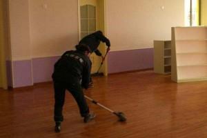 木地板多久拖一次?