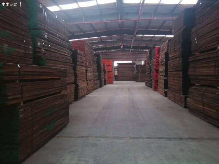 美国黑胡桃木板材价格多少钱一方