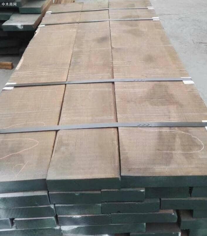 北美黑胡桃木板材多少钱一立方?
