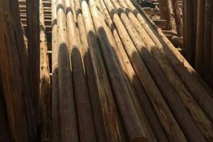 与农户直接对接各类规格优质杉木檩条大量批发供应