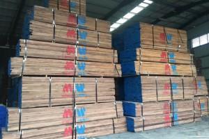 北美黑胡桃木板材