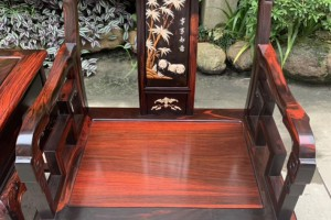 大红酸枝太师椅对人体有哪些好处