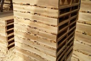 宁波奉化下跸驻村民检验木制品企业整改成果