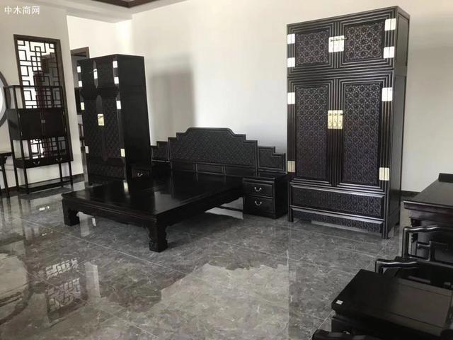 """伍嘉恩说:""""明式家具虽然古典"""