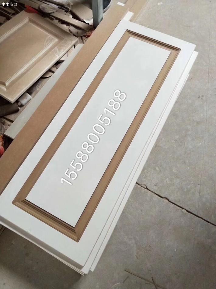 全桉多层板,模压门做出来不变形,没有空洞!
