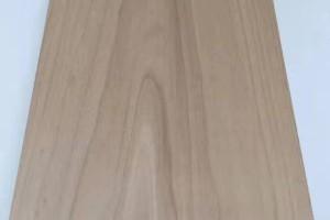 碳化杨木板材实物图片