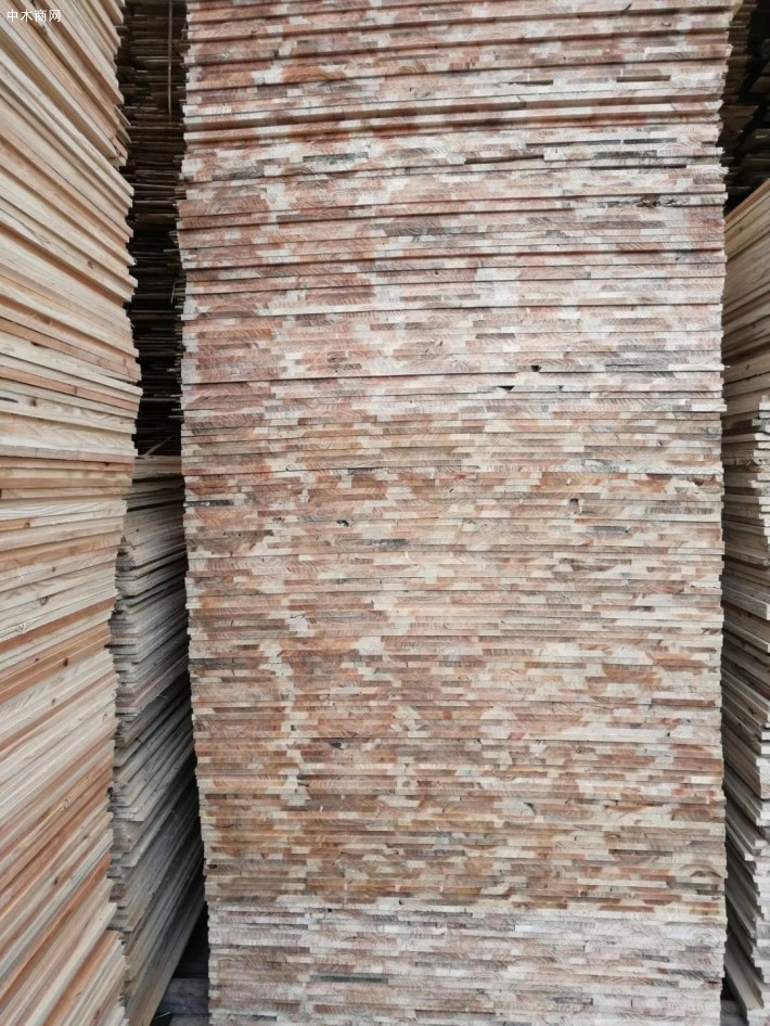 宜宾县林鑫林业发展有限责任公司是一家专业生产柳杉原木、柳杉板材的品牌企业