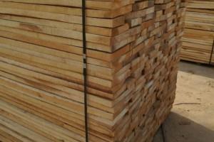 杨木板和松木板的区别