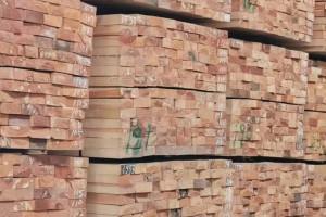 樟子松无节材的标准是什么?樟子松无节板材的特点有哪些?