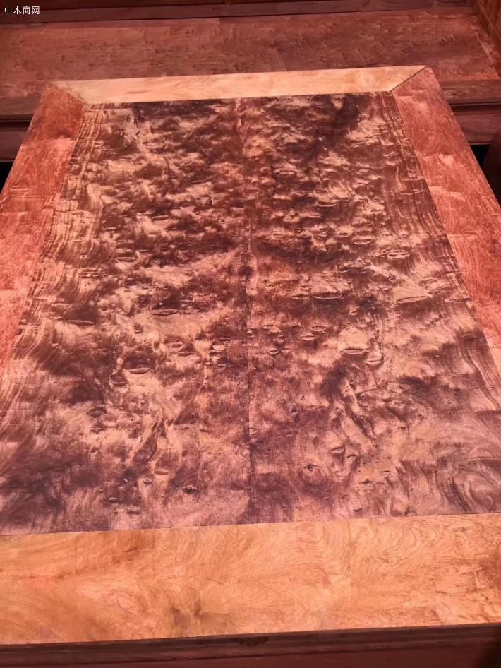 目前的中式凭祥缅甸花梨红木沙发