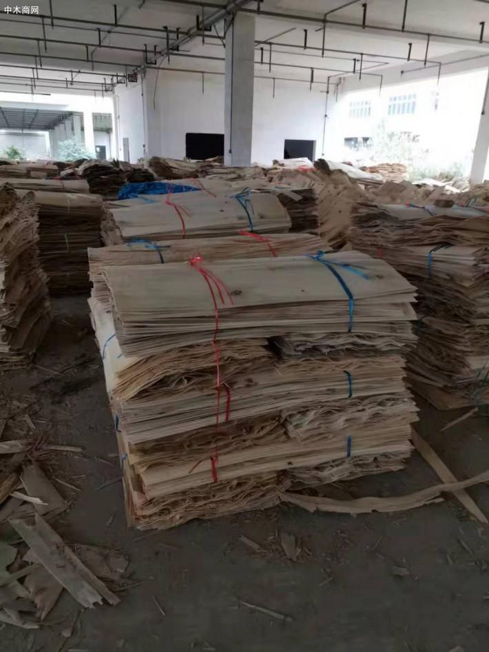 湖北金轮旋切厂是一家专业旋切白杨木四拼板皮子的品牌企业
