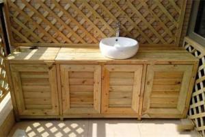 户外木器漆需要具备哪些特点?
