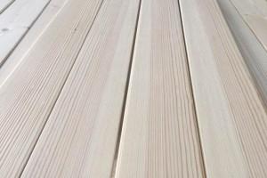 港南区税务局:减税降费政策落实落细 提振木材加工企业信心
