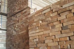 河南白杨木板材有什么优点?河南白杨木烘干板材有什么缺点?