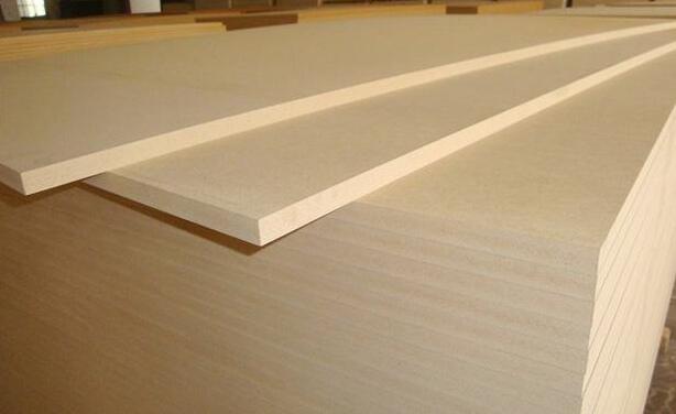 密度板是什么材料做的?