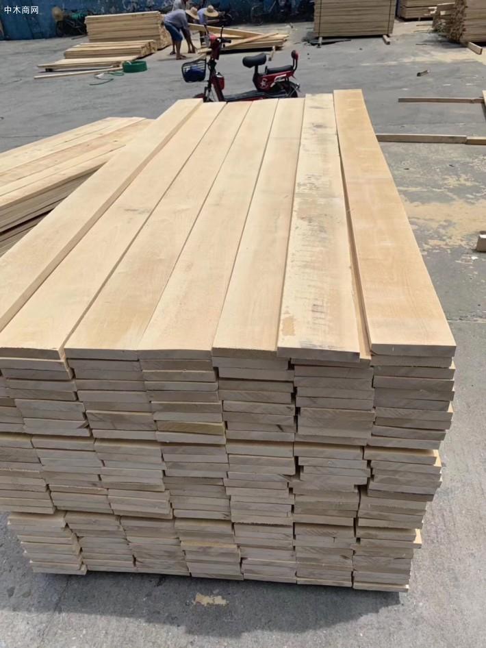 南洋海贸「北京」国际贸易有限公司是一家专业经营俄罗斯桦木板材品牌企业