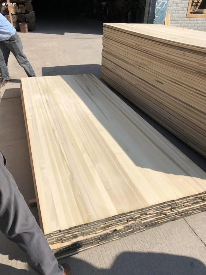黄杨木直拼板施工简单