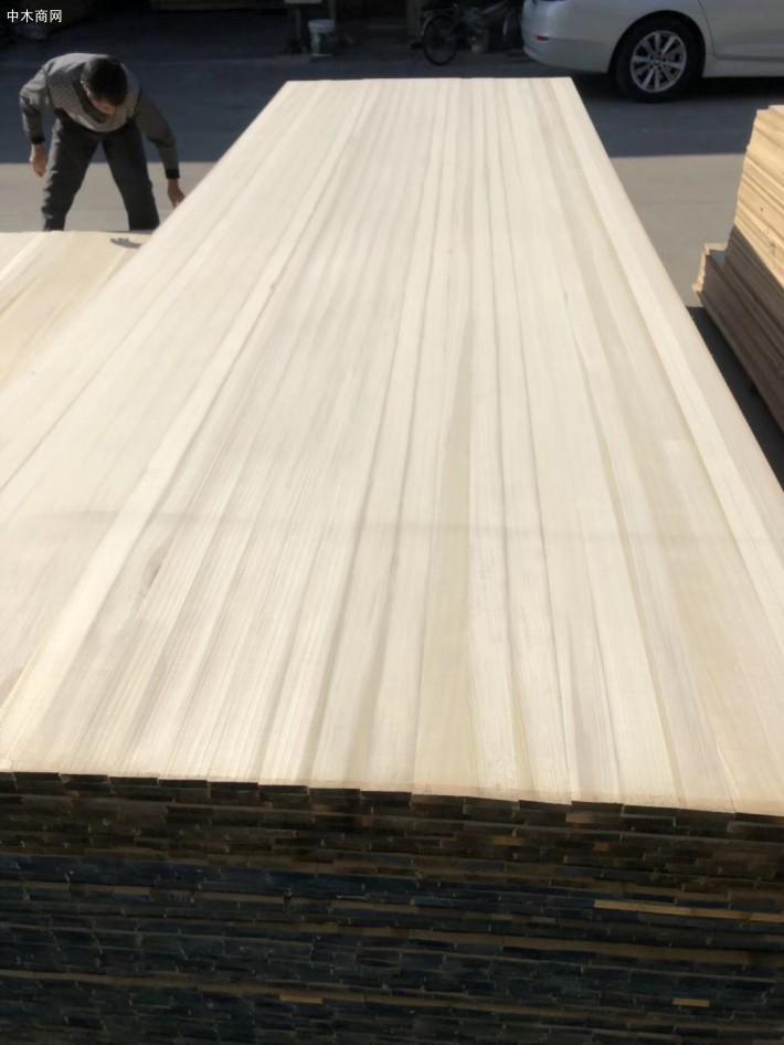 广东东莞市大岭山福联木业是一家专业经营北美黄杨木直拼板木板材品牌企业