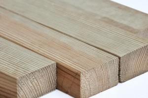 俄罗斯樟子松防腐板材寿命最长能保持多少年?