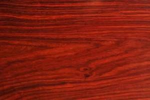 老挝大红酸枝木优缺点?老挝大红酸枝木鉴别方法有哪些?