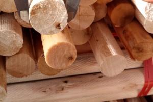 广西桉木木芯木棒实物货场视频