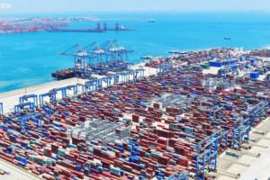 山东港口青岛港集团年吞吐量首次突破6亿吨大关