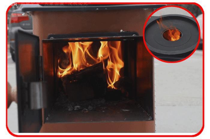柴火烤火炉子有几个进风口(烟道开关和风门)