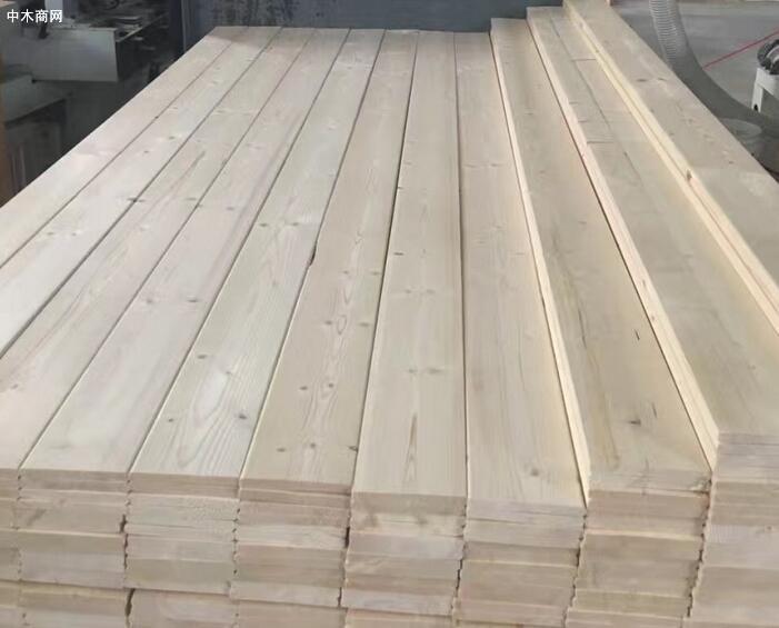 松木木方变形主要是因为在加工