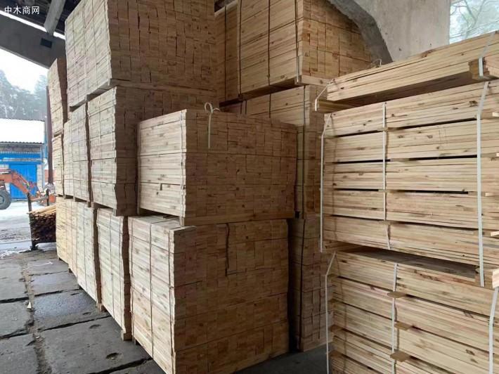 乌克兰樟子松建筑木方加工