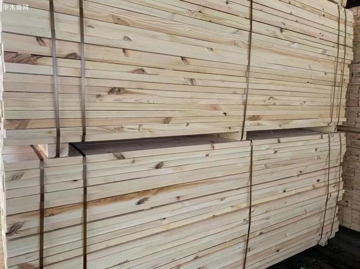 乌克兰樟子松建筑木方价格多少钱一方供应