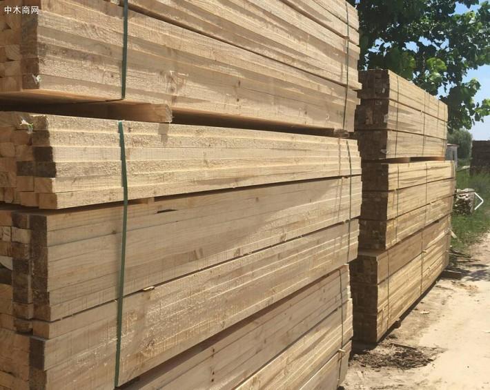 建筑工程用方木规格尺寸表及5×10建筑方木多少钱一根