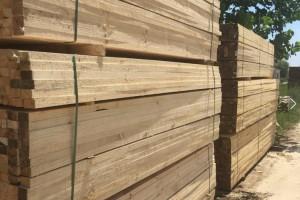建筑工程用木方规格和尺寸是多少?5×10建筑方木多少钱一根?