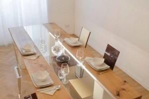 实木餐桌面中间掏空装玻璃或灯带好看吗