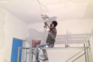 装修墙面刮腻子施工工艺的流程