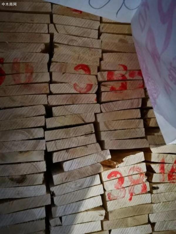 俄罗斯白松木板材价格多少钱一立方米厂家