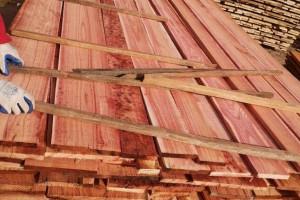 血椿木板材也叫红椿木板材,香椿木烘干板厂家批发价格