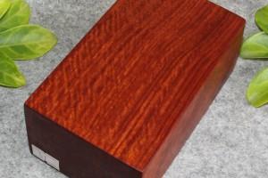 哪种颜色的缅甸花梨木品质最好?为什么会产生颜色不一的情况?