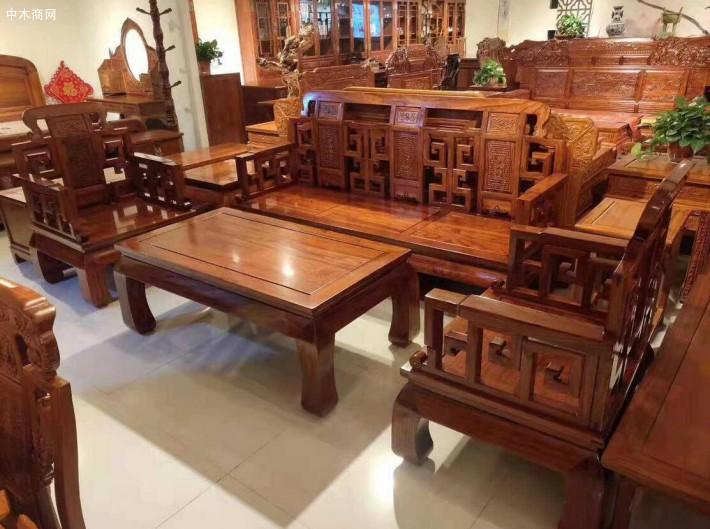 榆木家具保管了明清家私的外型
