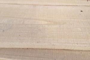 老榆木板材的优缺点?榆木板材价格多少钱一平方?