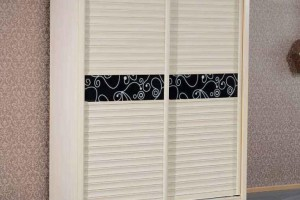 用免漆板做衣柜是马六甲板芯,桐木板芯好还是杉木板芯好?