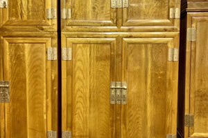 小叶楠顶箱柜厂家直销,规格:238/58,方数:4.5