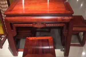 大果紫檀八仙桌