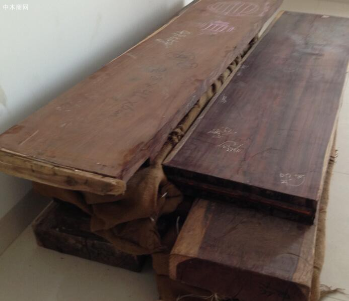 求购:缅甸大红酸枝木板