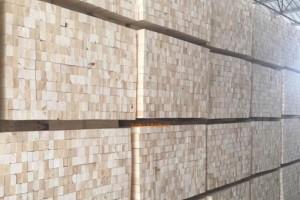 常用于建筑支模板的方木都是什么规格特点?4x6建筑方木多少钱一根?