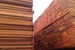 马来西亚南洋红檀菠罗格板材门格替代品种