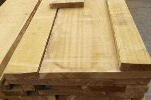专业供应巴新马来西亚材金丝柚板材