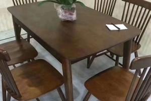 名美轩北欧餐桌,餐椅价格多少钱一个