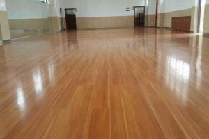 实木地板和实木复合地板的区别?实木复合地板选几层的好?