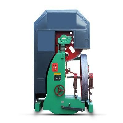 木工带锯机主要由机座(机身)、上下锯轮